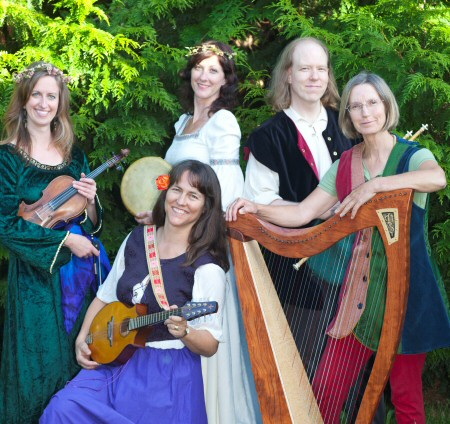Alison with Banquo Folk Ensemble in Victoria BC